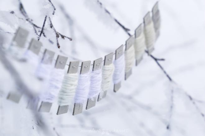 Neulehameen valkoisen sävyjä.